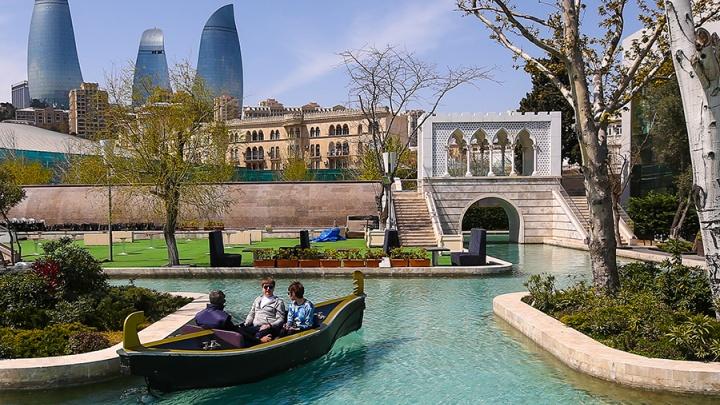 Отпуск в пандемию: правила въезда в Азербайджан в 2021 году