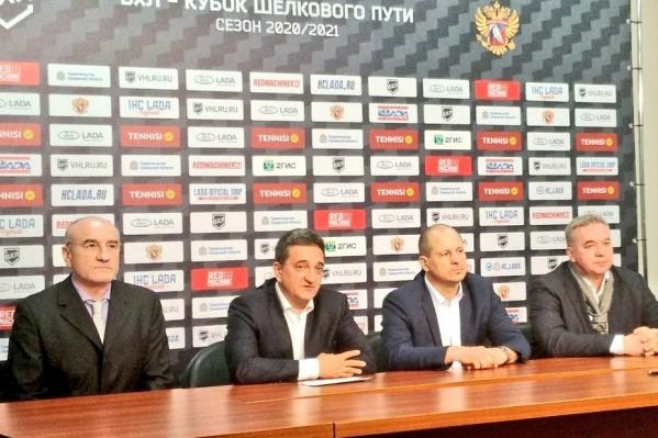 Слева направо: Игорь Масленников, Сергей Кобылянский, Александр Чеботарев, Валерий Белов