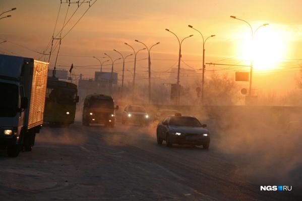 Выброс от автотранспорта, по мнению Минприроды, сильнее, чем от предприятий