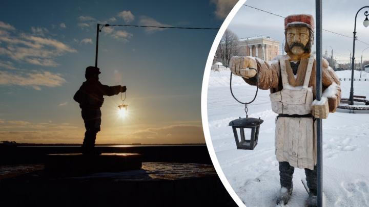 «Клевый мужик» и «видел некоторое дерьмо»: в соцсетях оценили скульптуру фонарщика в Архангельске