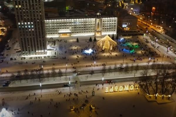 А вам нравится, как украсили Архангельск в этом году?