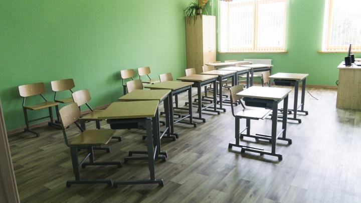 В омской школе восьмиклассник выпил с друзьями оксибутират и попал в больницу