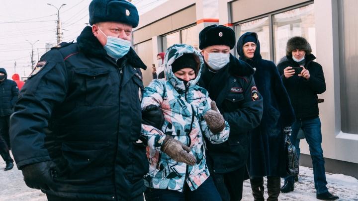 «ОВД-Инфо»: на акции протеста в Омске задержаны 20человек