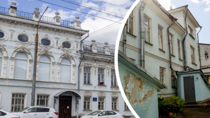За подворотней всё иначе: как выглядит с изнанки центральная улица в Ярославле