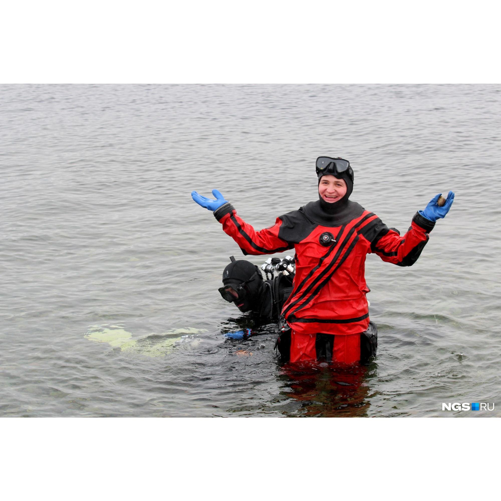 Погрузиться в Телецкое озеро можно даже начинающим, но лучше делать это имея хотя бы минимальную подготовку