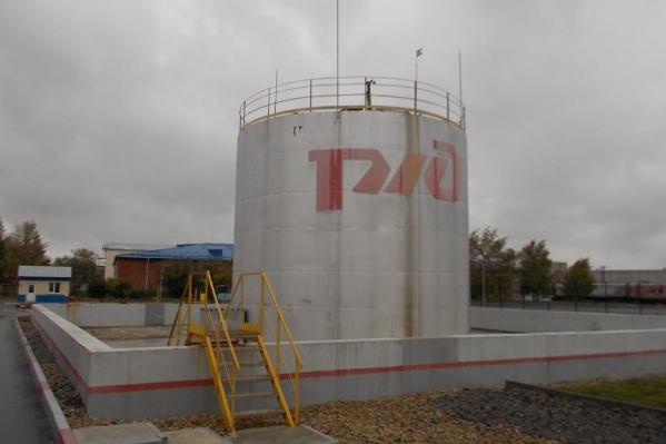 В резервуар входит 750 кубометров мазута