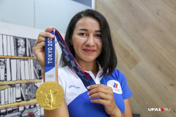 С Олимпийских игр в Токио Аделина Загидуллина вернулась в Уфу с золотой медалью