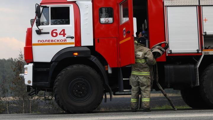 «Машины, сгнившие напрочь». Честный рассказ свердловского спасателя о работе на лесных пожарах