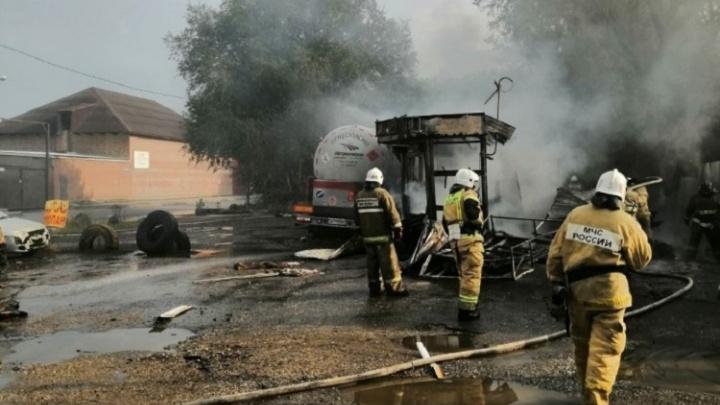 Следователи озвучили версию взрыва с пожаром на АГЗС в Самаре