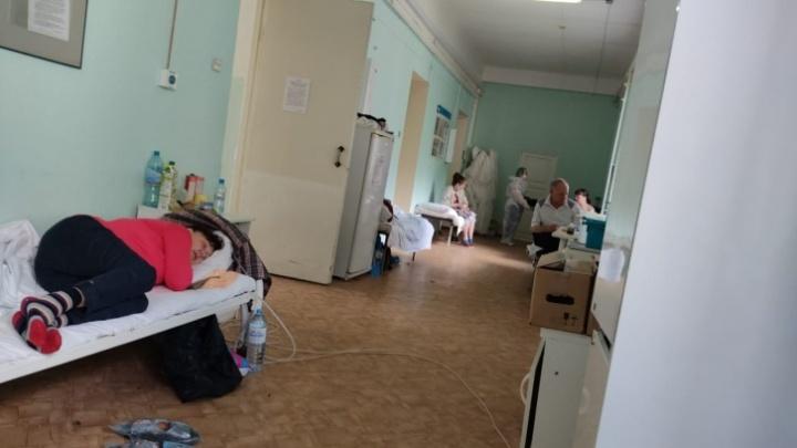 Как болеют в третью волну? И какая сейчас обстановка в ковидном госпитале? Рассказ 49-летней сибирячки