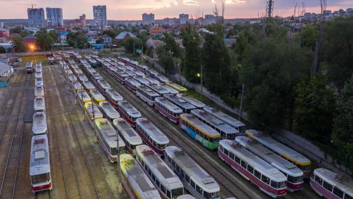 Выручка падает, зарплаты растут: руководство волгоградского «Метроэлектротранса» отчиталось о доходах