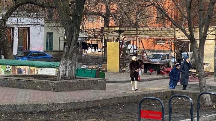 Книжный развал в Ростове закрылся на реконструкцию. Его внешний вид сильно изменится