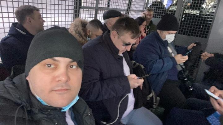 «Не надо демонизировать власть»: как тюменского активиста задержали в Москве на форуме демократов