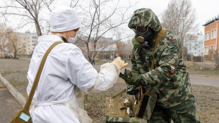 Власти Зауралья заплатят военным врачам, помогавшим в лечении пациентов с COVID-19