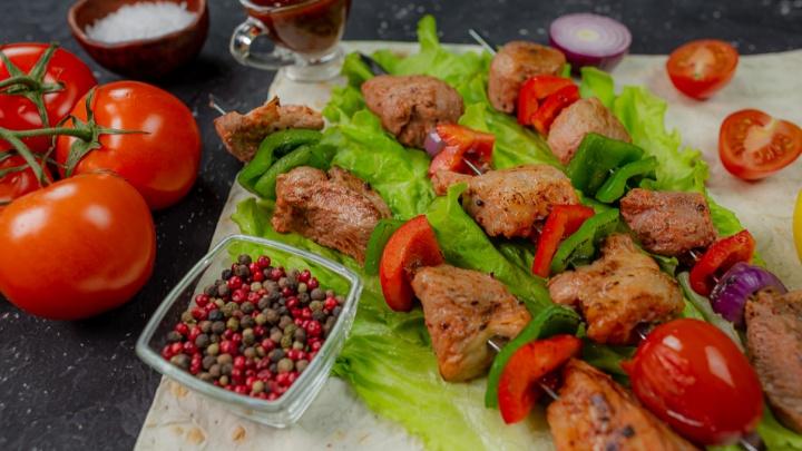 Мариновать или купить готовое: какое мясо выбрать для шашлыка