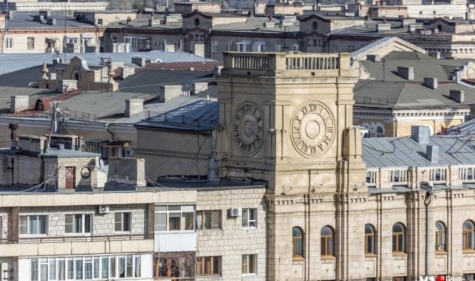 В Волгограде заработал первый пункт сбора подписей за референдум о времени