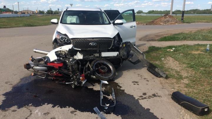 У Экодолья водитель кроссовера задавил мотоциклиста