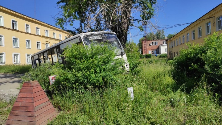 «Их придавило воротами». В полиции рассказали, как погибли люди во время аварии в Лесном