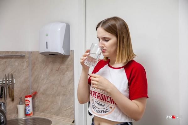 Пить вонючую воду тюменцы категорически не хотят