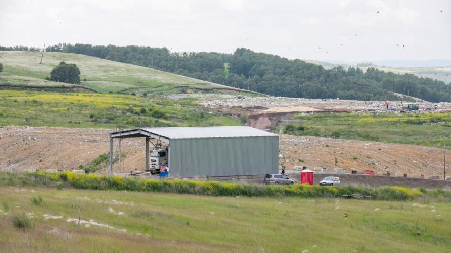 На границе Красноярска огромный участок перепрофилировали под мусоросортировочный завод