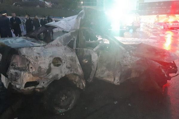 Утренняя авария в центре Новосибирска унесла жизни троих человек