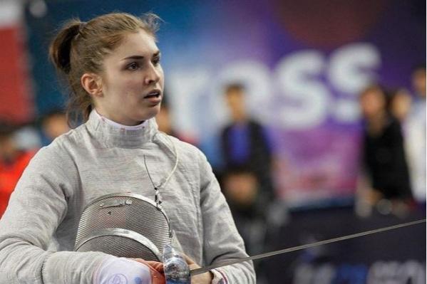 24-летняя София Позднякова — двукратная чемпионка мира и двукратная чемпионка Европы по фехтованию на саблях, заслуженный мастер спорта