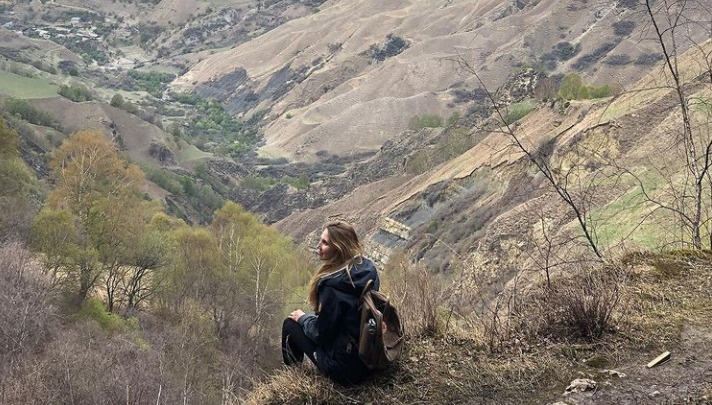 Отпуск, в который лучше не брать короткие юбки и шорты: колонка тревел-блогера о путешествии в Дагестан