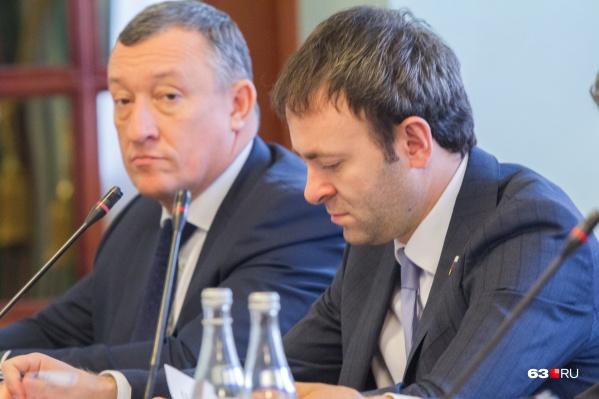 Владельцем ПСК «Волга» значится ООО «Сызраньгрузавто», которое принадлежит матери депутата Госдумы от Самарской области Евгения Серпера (справа)