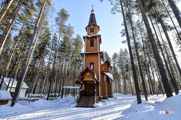 Силовиков пытались привлечь для обеспечения проведения экспертизы зданий монастыря