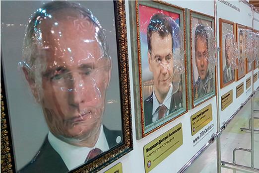В ярославской школе, куда закупили тактильные портреты Путина и Сталина, не оказалось слепых детей