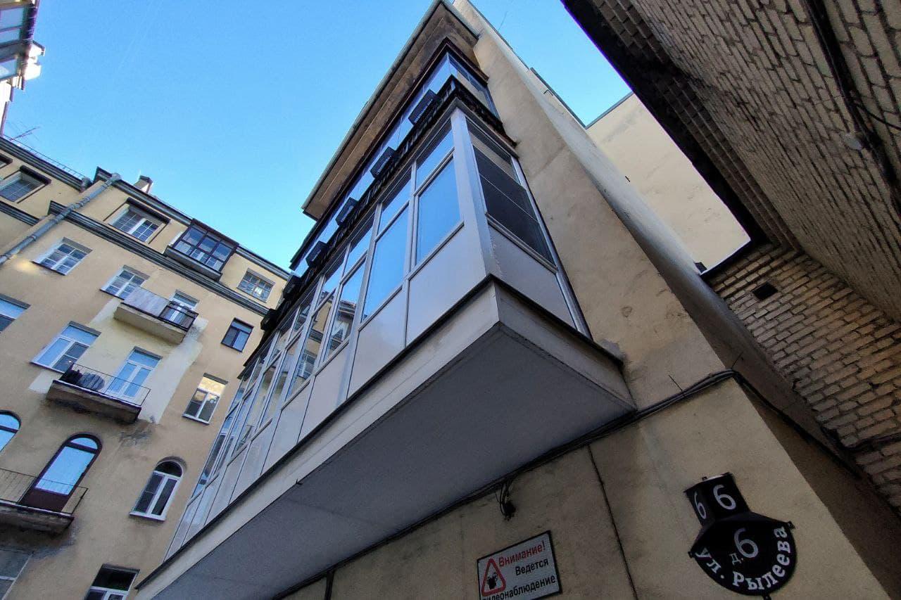 Гирлянда балконов на Рылеева, 6<br><br>автор фото Михаил Огнев / «Фонтанка.ру»<br>