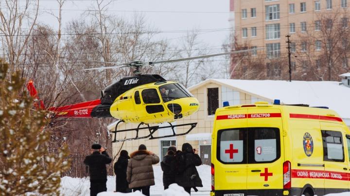Ветрено и шумно: в центре Тюмени открыли вертолетную площадку для санитарной авиации