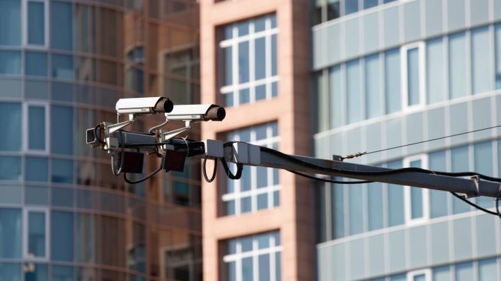 Пристегиваемся и убираем телефоны. В Тюмени установят новые камеры для водителей