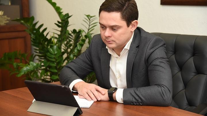 Депутат-единоросс предложил усложнить организацию митингов в Ростовской области