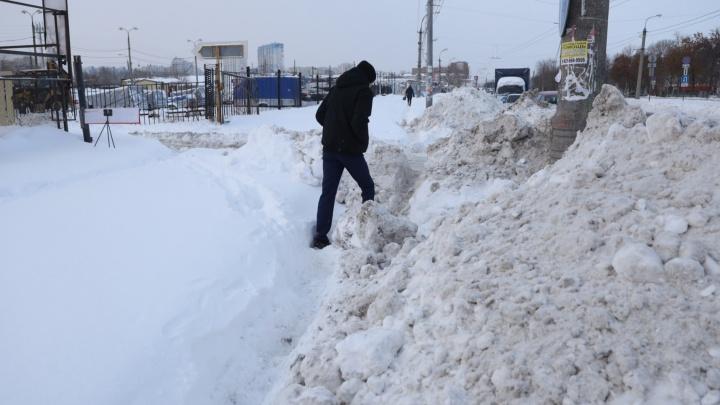 «Золотой» снег: кому и сколько мэрия Самары платит за уборку улиц