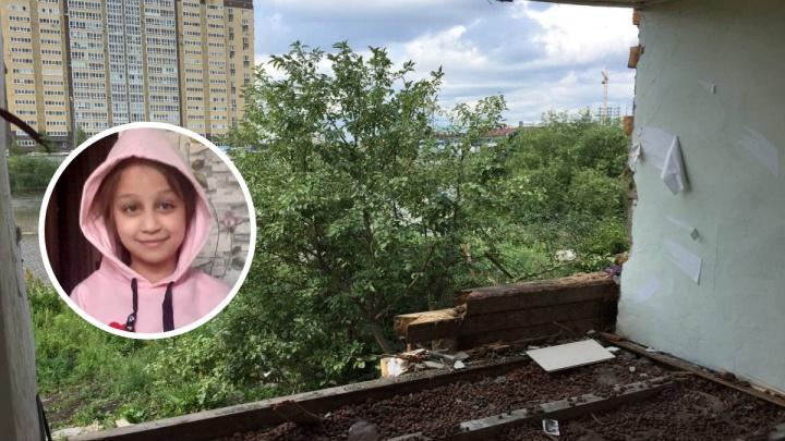 Добровольцы возобновили поиски Насти Муравьёвой на Лесобазе. Надежда есть?