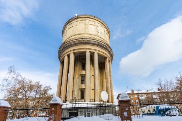 Башня на площади Маркса дала название целому району