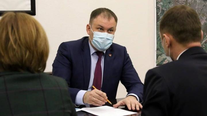 У мэра Кемерово упала зарплата. За год он заработал меньше 2,5миллиона