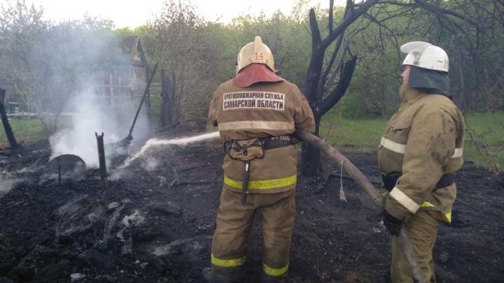 Под Самарой сгорели 12 дач