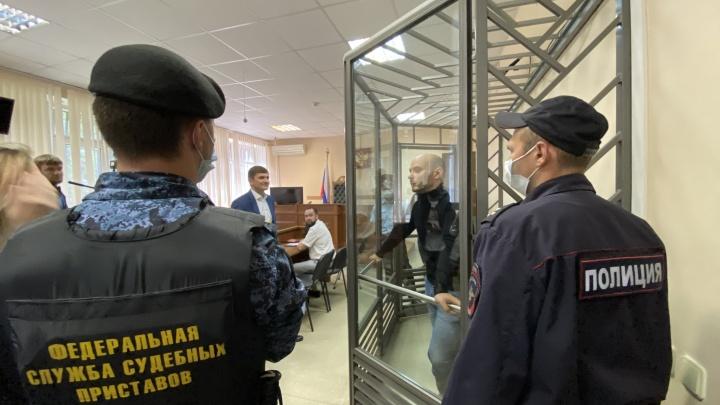 В Краснодаре людей начали вызывать на допрос по делу политика Пивоварова