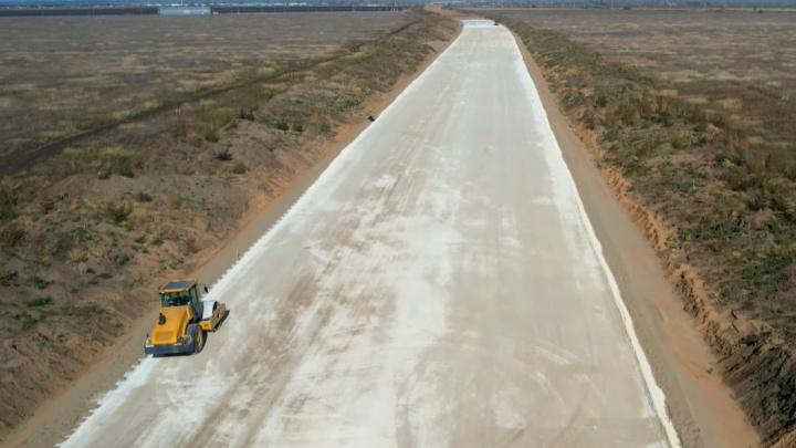 Тянется до горизонта: строительство трассы «Обход Тольятти» сняли с воздуха