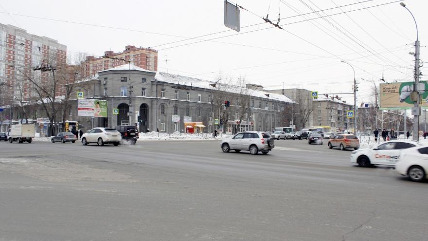 Берегись автобуса. Место в Новосибирске, где хитрые «автобусники» зажимают честных водителей (схема)