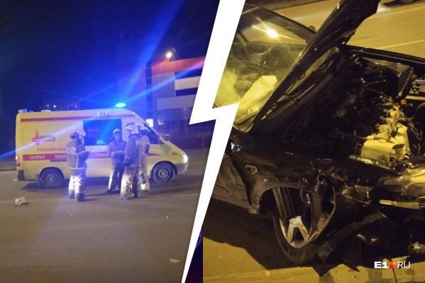 Пострадавшего увезли на скорой в больницу