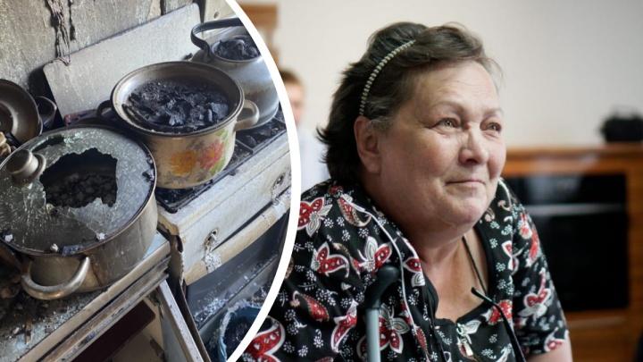 Уральский бизнесмен купил новую квартиру пенсионерке, которая жила в сгоревшем доме