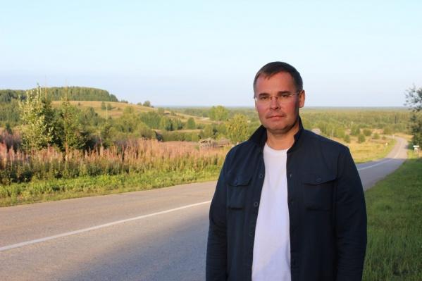 За плечами Олега Владимировича 27 лет государственной и общественной работы в Архангельской области, из которой он не собирается уезжать
