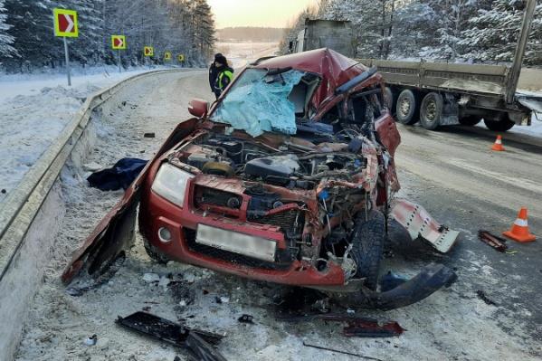 Автомобиль сильно пострадал в результате аварии