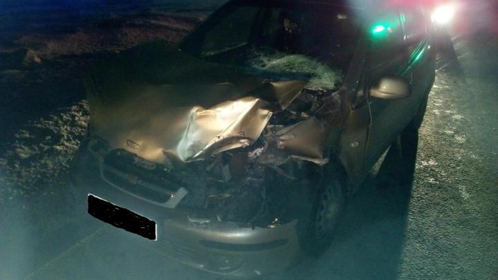 В Кургане грузовик врезался в иномарку