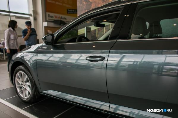 Дилеры говорят о дефиците не только автомобилей, но и запчастей к ним. Такая ситуация с июня прошлого года