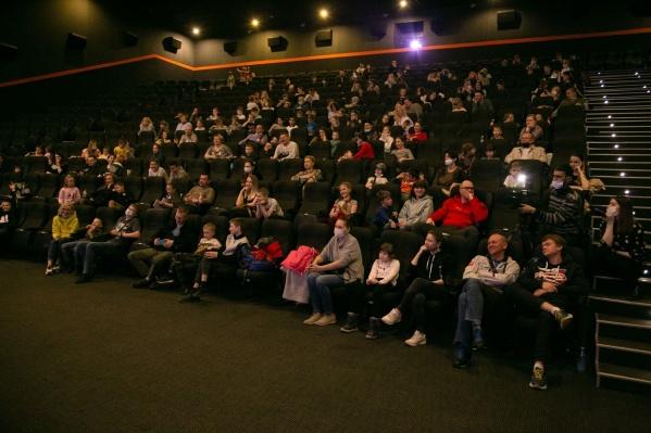 8 октября сразу несколько залов кинотеатра превратятся в площадки для «Ночи пожирателей рекламы»