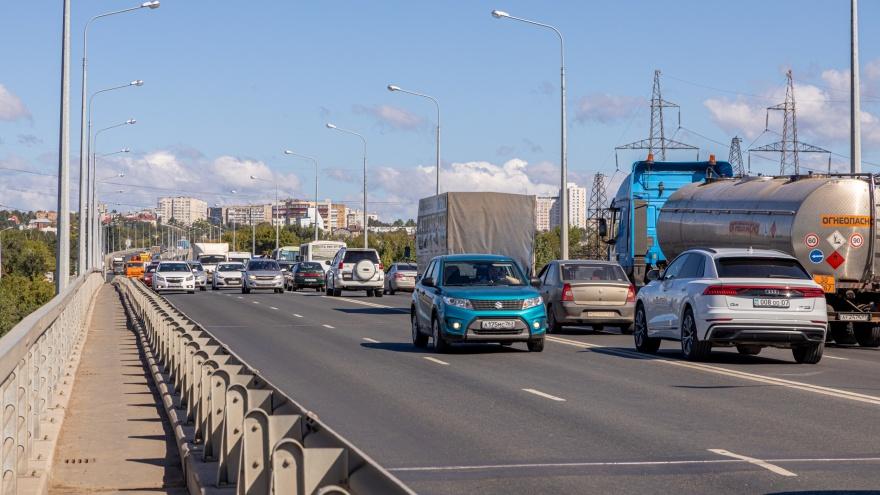 На Южном мосту отменили скоростное ограничение